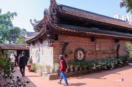 Kim Lien Pagoda-3