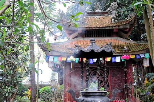 Van Nien Pagoda-3