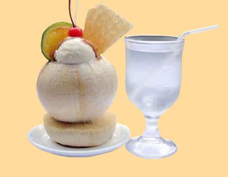 coconut ice-cream shops of Hanoi-1