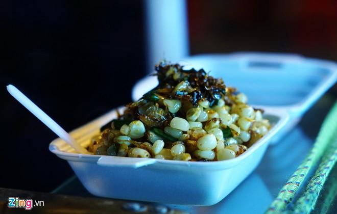 Enjoy food in Hanoi-04