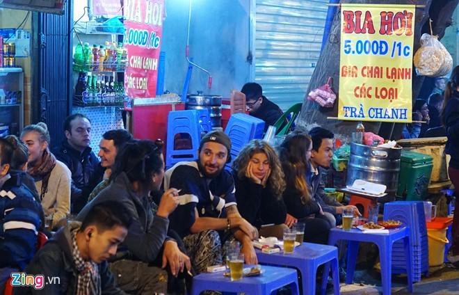 Enjoy food in Hanoi-07