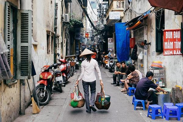 Get lost in the Old Quarter Hanoi
