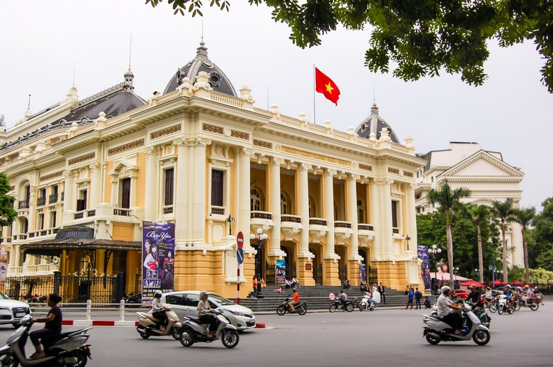 20 things to do in Hanoi-Opera House