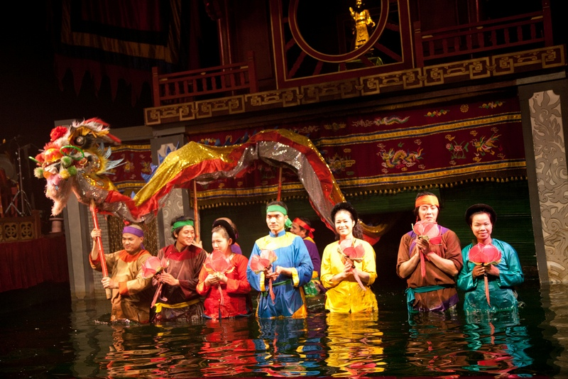 Thang-long-Wasser-Puppentheater-hanoi-03