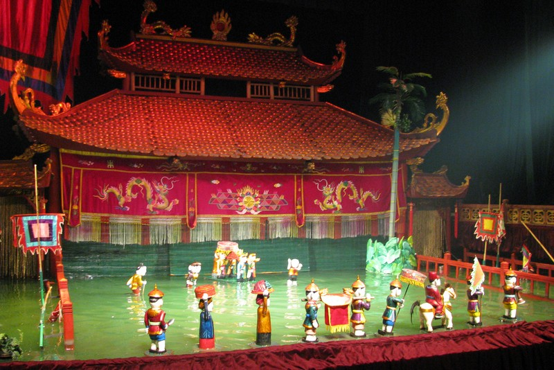 Thang-long-Wasser-Puppentheater-hanoi-04