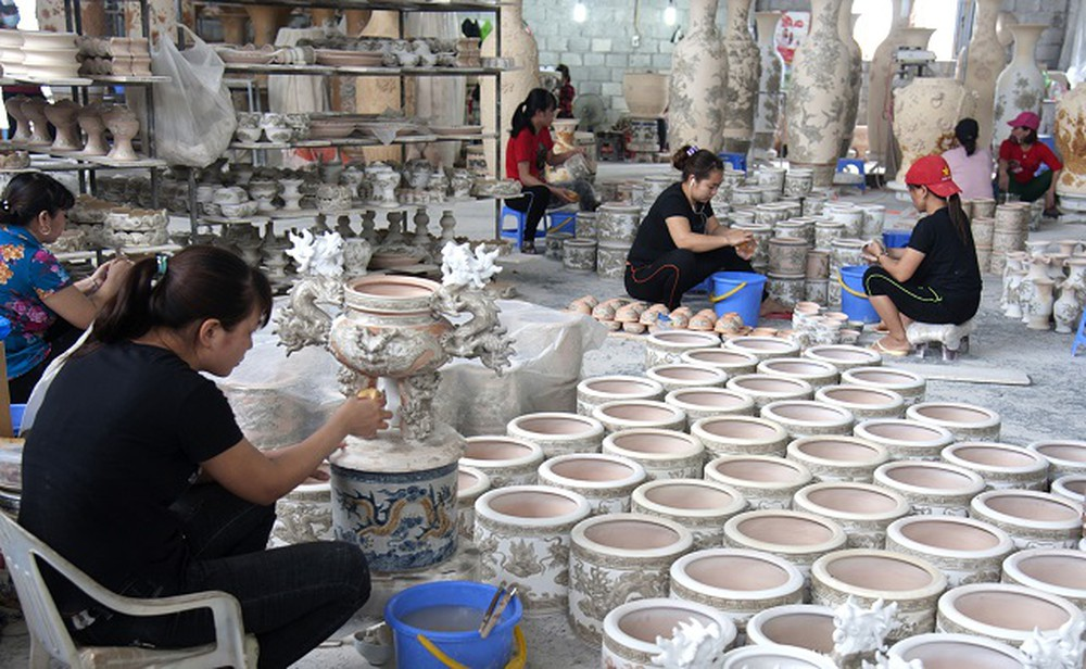 Pottery Workshop in Bat Trang