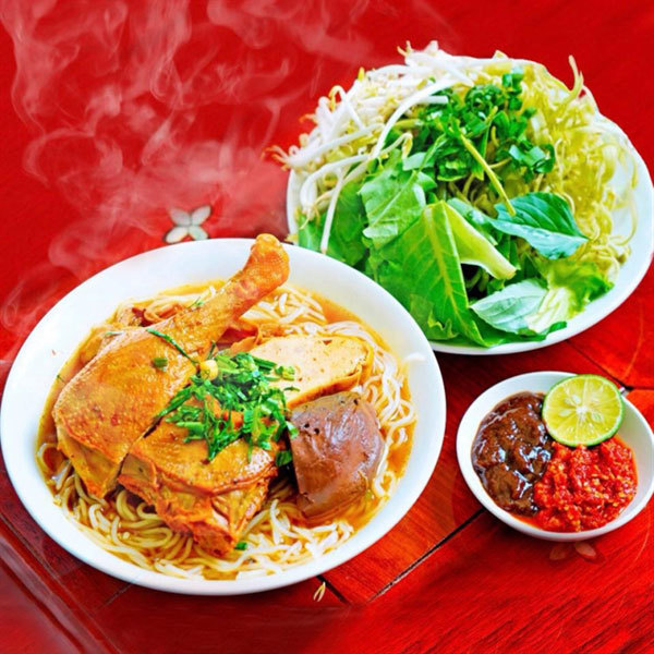 Hanoi a paradise for lovers of delicious duck soup
